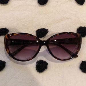 Kate Spade Polka Dot sunglasses